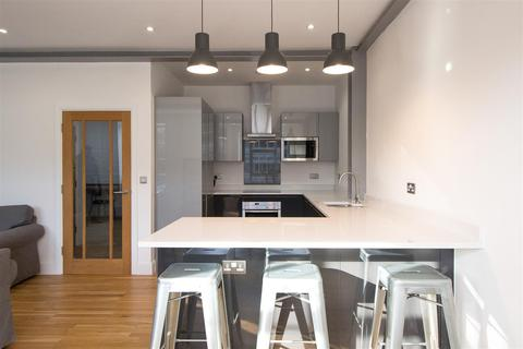 2 bedroom flat for sale - CLOSE TO THE STATION | Station Quarter Apartments, Haywards Heath
