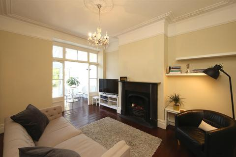 2 bedroom apartment to rent - Kimberley Road, Penylan