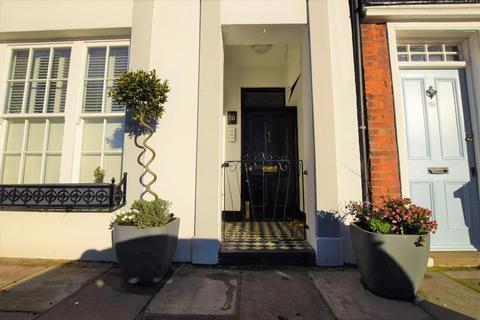 2 bedroom apartment to rent - Kew Green, Richmond