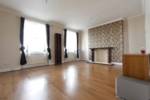 3 bedroom flat to rent - Mornington Crescent, Camden Town, NW1