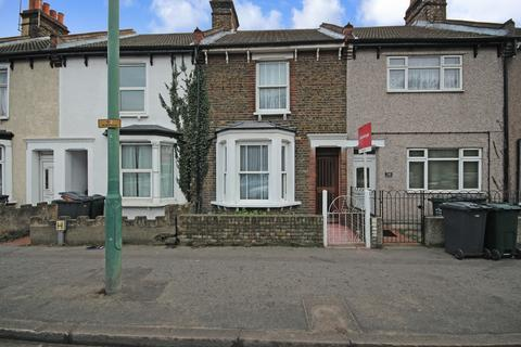 3 bedroom terraced house for sale - Lowfield Street, Dartford