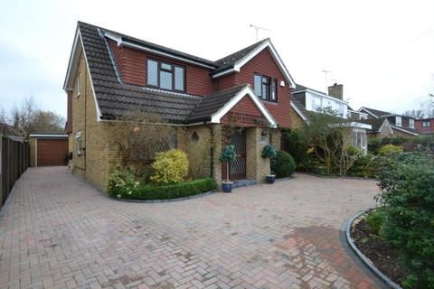 4 bedroom detached house for sale - Dukes Road, Billericay, Essex, CM11