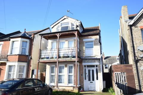 1 bedroom flat for sale - 91 Hayes Road, Clacton-on-Sea