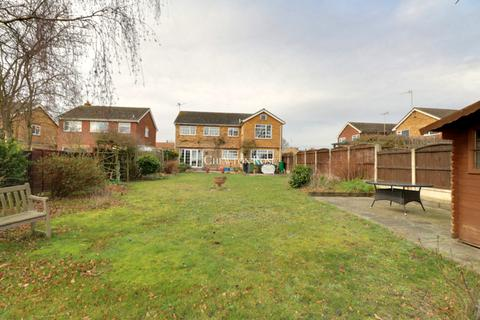 6 bedroom detached house for sale - Eaton Way, MALDON