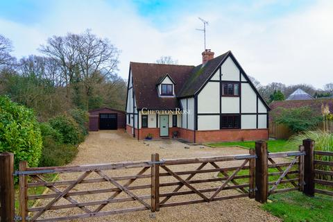 4 bedroom detached house for sale - Layer Road, Colchester