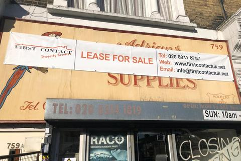 Property to rent - Romford Road, Manor Park E12