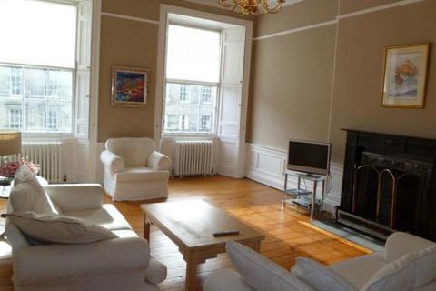 3 bedroom flat to rent - London Street, Edinburgh EH3