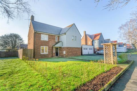 3 bedroom detached house for sale - 38 Stephenson Close, West Raynham