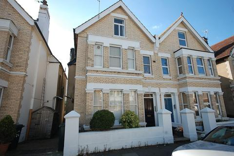 1 bedroom flat to rent - Lawrence Road, Hove