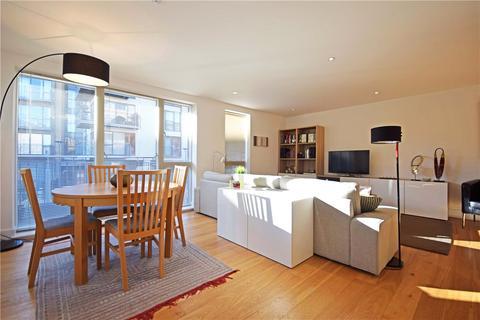 2 bedroom apartment to rent - Newton Court, Kingsley Walk, Cambridge, Cambridgeshire, CB5