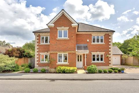 4 bedroom detached house to rent - Red Lane, Oxted, Surrey, RH8