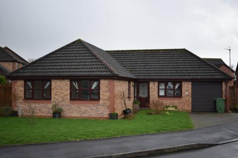 4 bedroom bungalow to rent - Clos y Celyn, Kidwelly