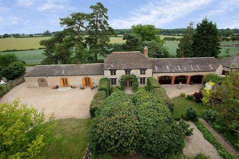 5 bedroom barn conversion to rent - Laxton