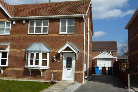 3 Bedroom Semi Detached House To Rent Knightley Way Hu7