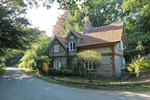 2 bedroom cottage to rent - Froxfield