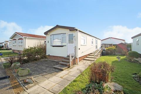 2 bedroom park home for sale - Downs Close, The Broadway, Lancing BN15 8NU