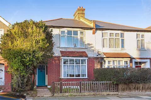 3 bedroom detached house for sale - Heather Road, LONDON, SE12