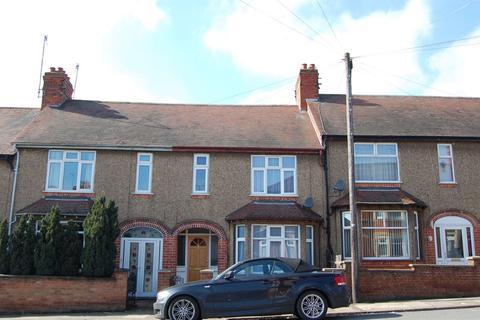3 bedroom terraced house to rent - Cranbrook Road, Queens Park, Northampton NN2 6JT