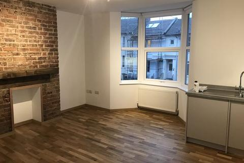 2 bedroom terraced house to rent - Franklin Road, BRIGHTON, East Sussex, BN2
