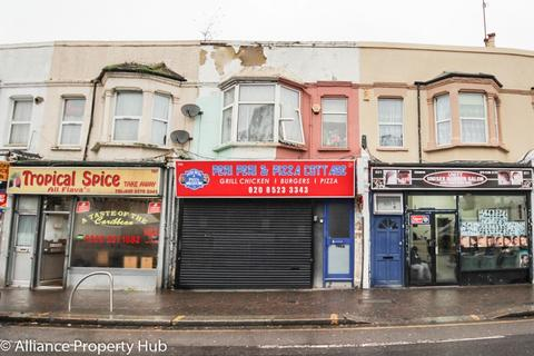 Property for sale - Forest Road, London, E17