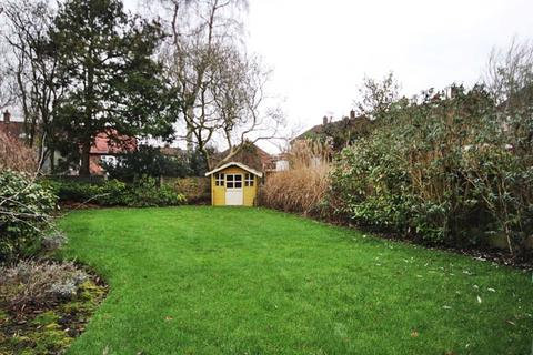 3 bedroom semi-detached house for sale - Stapleford Close, Sale