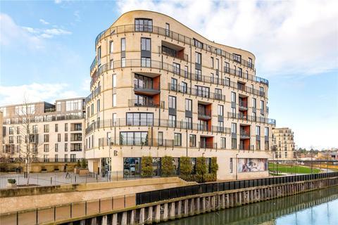 2 bedroom flat for sale - Royal View, Victoria Bridge Road, Bath, BA2
