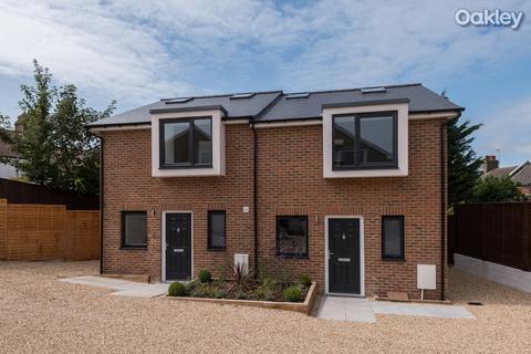 2 bedroom house to rent - Kimberley Road, Brighton