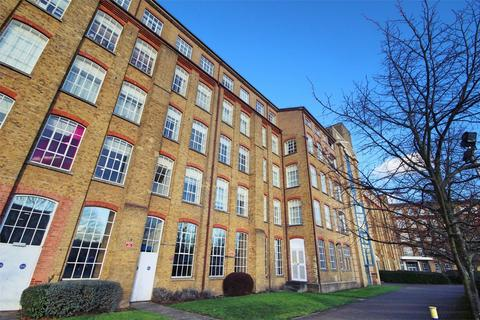 2 bedroom flat for sale - Durrant Court, Brook Street, CHELMSFORD, Essex
