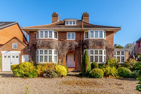 5 bedroom detached house for sale - Murray Road, Northwood