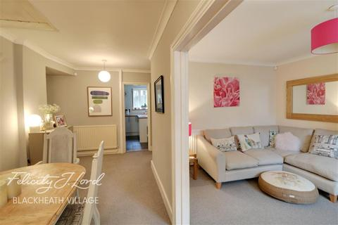 2 bedroom flat to rent - Shooters Hill Road, SE3