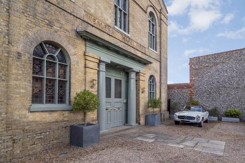 3 bedroom penthouse for sale - Holt