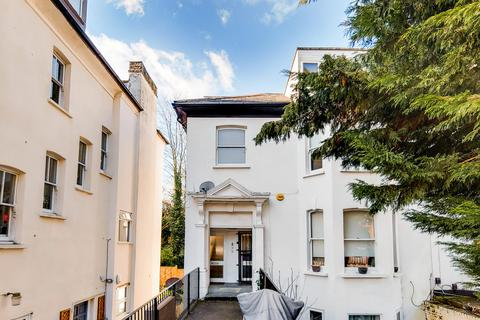 2 bedroom apartment to rent - Victoria Crescent, Crystal Palace