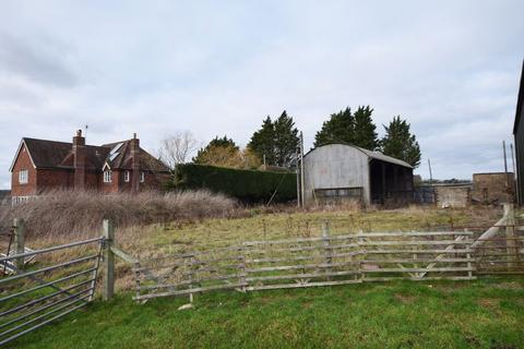 Barn for sale - Dutch Barn & Yard, Selborne Road, Alton, Hampshire