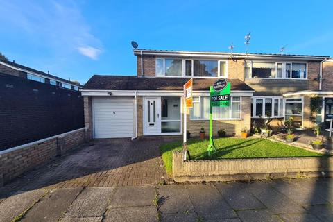 3 bedroom semi-detached house for sale - Grindon Close, Cramlington