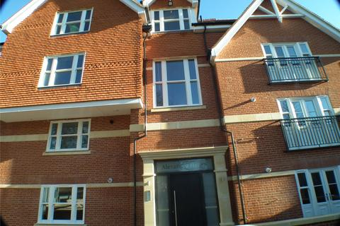 2 bedroom apartment to rent - Queens Avenue, Canterbury, Kent, CT2
