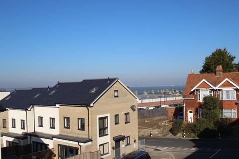 1 bedroom apartment to rent - Royal Architects Road, East Cowes