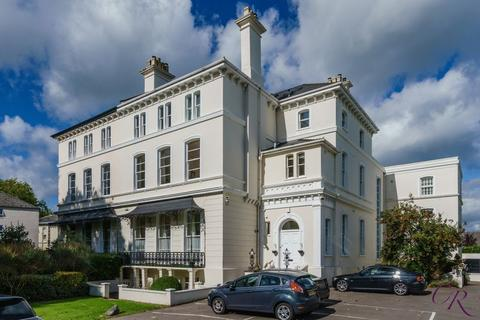 2 bedroom apartment for sale - Pittville Circus Road, Cheltenham