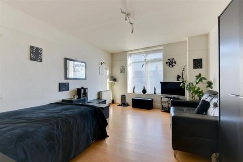 Studio for sale - Milton Court, Milton Road, Worthing