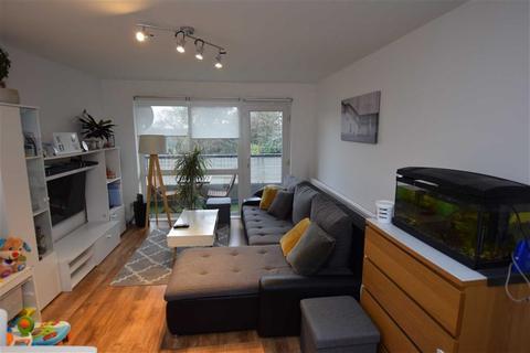 1 bedroom apartment for sale - Ryedene Close, Basildon, Essex