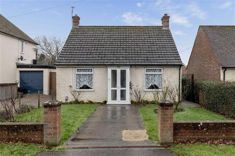 2 Bedroom Detached Bungalow For Sale Kingsnorth Road Ashford Kent