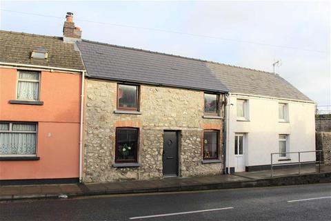 3 bedroom terraced house for sale - Station Road, Pembroke