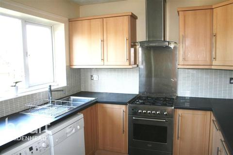 3 bedroom flat to rent - Blenheim Road
