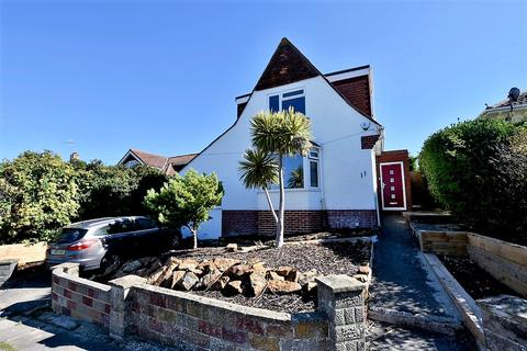 3 bedroom detached house for sale - Rodmell Avenue, Saltdean, Brighton, BN2 8LT
