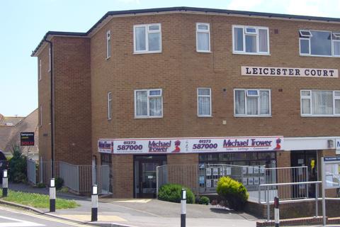 Studio to rent - Leicester Court, Longridge avenue, Saltdean, Brigton BN2