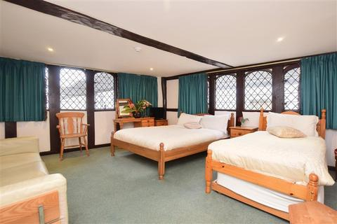 Guest house for sale - Sun Street, Canterbury, Kent