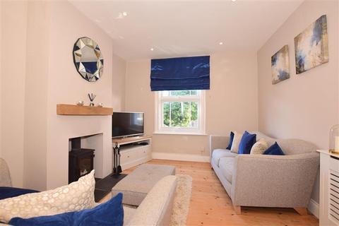 3 bedroom terraced house for sale - Albert Road, Rochester, Kent