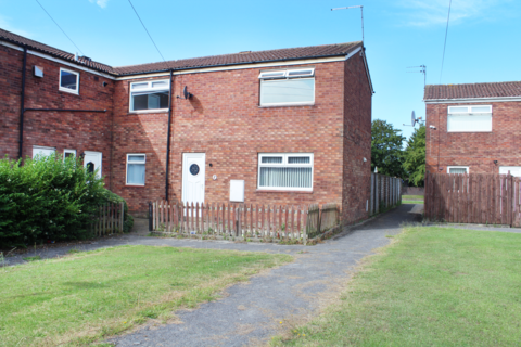 2 bedroom terraced house to rent - Rhyl Close, Bransholme, HU7