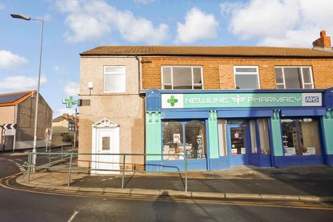 3 bedroom flat to rent - Dereham Terrace, Choppington, Northumberland, NE62 5UR
