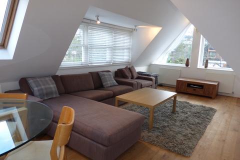 2 bedroom flat to rent - Leicester Road, High Barnet, EN5