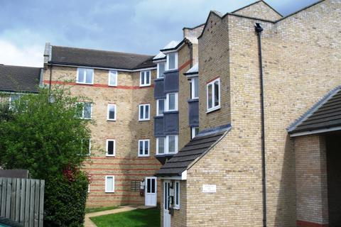 2 bedroom flat to rent -  Parkinson Drive,  Chelmsford, CM1